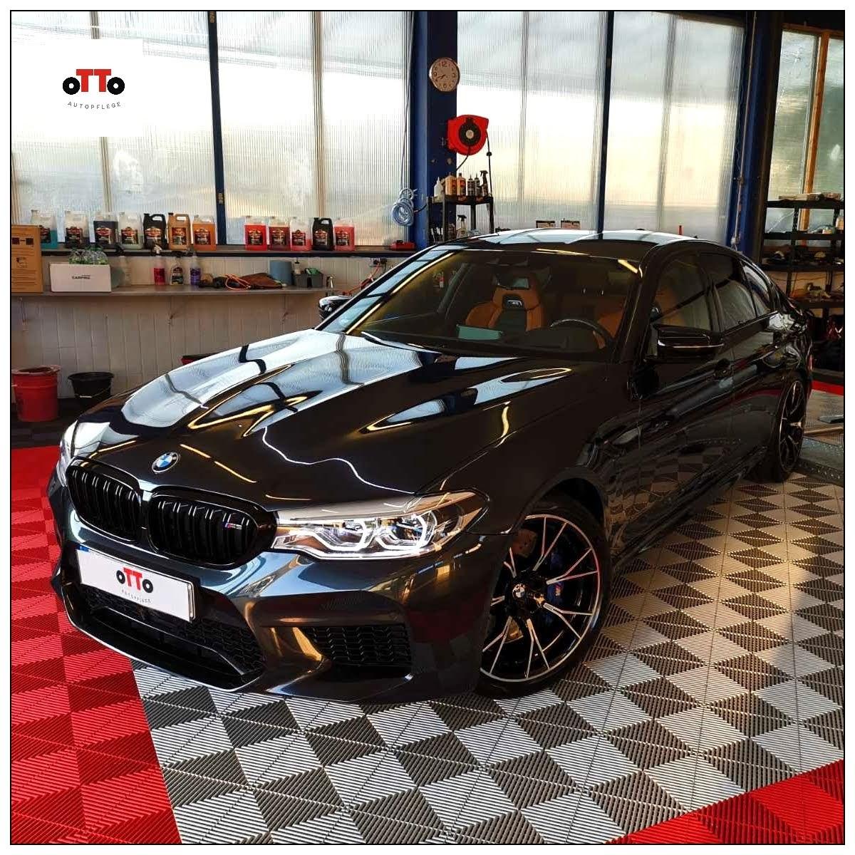 BMW M5 mit Keramik Versiegelung